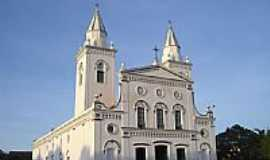 Quixeramobim - Igreja Matriz de S.Antonio de P�dua foto Vicente A. Queiroz