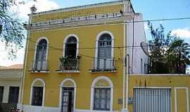 Quixeramobim - Quixeramobim-CE-Casa Paroquial-Foto:Edson Gomes