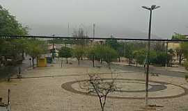 Quixeramobim - Quixeramobim-CE-Praça vista do alto-Foto:Luiz Claudio Costa-Facebbook