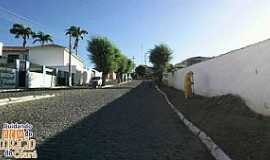Quixeramobim - Quixeramobim-CE-Rua da cidade-Foto:Facebbook