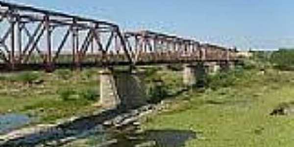 Quixeramobim-CE-Ponte Metálica-Foto:Nordestinos Paulistanos