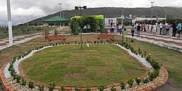 Quixeramobim-CE-Praça de Eventos-Foto:Facebbook