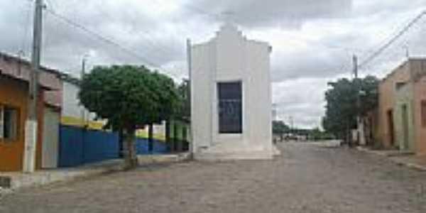Capela no meio da rua de Saboeiro-CE-Foto:leandro.sbrissa