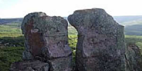 Rochas vistas do Pontal em Santana do Cariri-CE-Foto:Thiago dos Passos