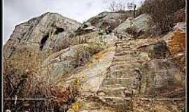 São Joaquim - Montanha rochosa na região de São Joaquim-Foto:flickriver.