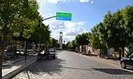 Tabuleiro do Norte - Tabuleiro do Norte-CE-Praça na Rua Maia Alarcon-Foto:João Henrique Rosa