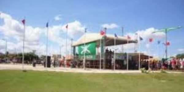 Praça Brigadeiro Sampaio - monumento e Museu Historico, Por allaf