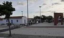 Tapuiara - Tapuiara-CE-Nova Praça no centro-Foto:quixada.ce.gov.br