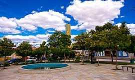Tauá - Tauá-CE-Praça no centro da cidade-Foto:ARAGÃO
