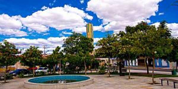 Tauá-CE-Praça no centro da cidade-Foto:ARAGÃO