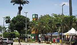 Ubajara - Praça da Coluna da Hora em Ubajara-Foto:Ivo Dias