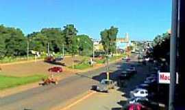 Brazlândia - Avenida Central de Brazlândia, por Miltonpsouza.