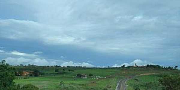 Brazlândia-DF-Área rural ao lado da Rodovia-Foto:Marcelo Lopes D'almeida