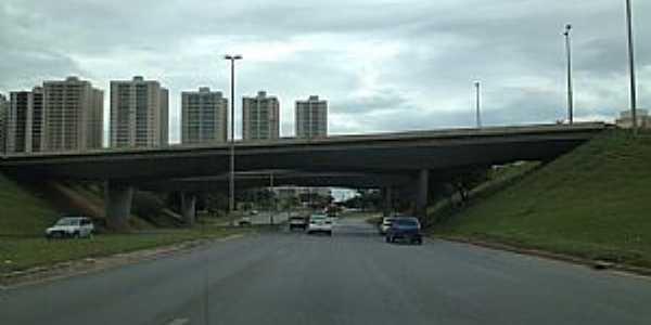 Taguatinga-DF-Viaduto-Foto:Ded� de Z� Luca