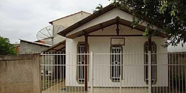 Acioli-ES-Igreja Cristã Maranata-Foto:icmfinder