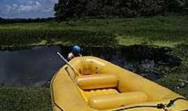 Taboquinha - Barco de Rafting em Taboquinha-AL-Foto:1000dias.