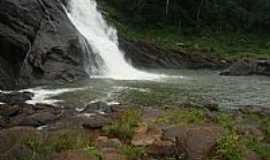 Alegre - Alegre-ES-Cachoeira da Fuma�a-Foto:Diana Kaya