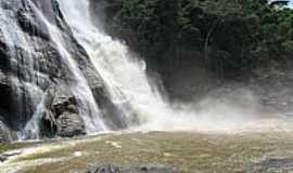 Alegre - Alegre-ES-Cachoeira da Fuma�a-Foto:iversontcl2