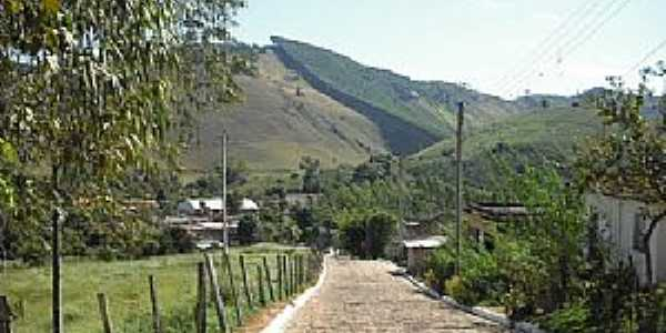 Alto Calçado-ES-Chegando no Povoado-Foto:mapio.net