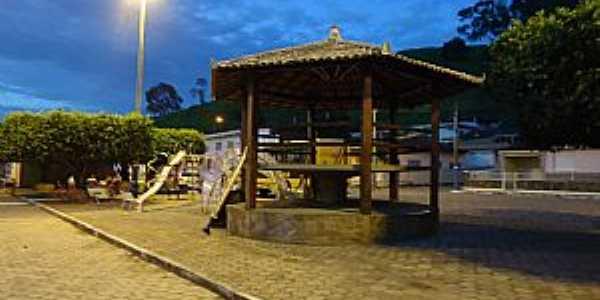 Apiacá-ES-Coreto na Praça central-Foto:Verde Java