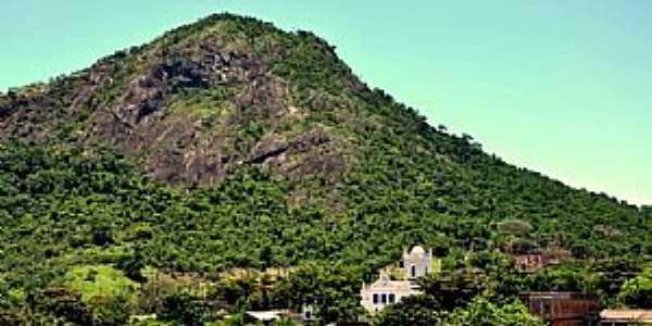 Araçatiba-ES-Morro de Araçatiba-Foto:PET Conexões Cultura UFES