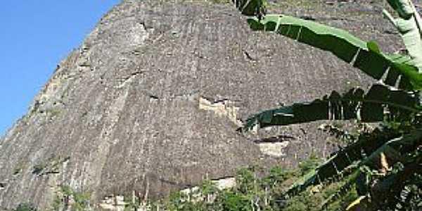 Atílio Vivácqua-ES-Pedra do Moitão-Foto:Expedicionário sem rumo