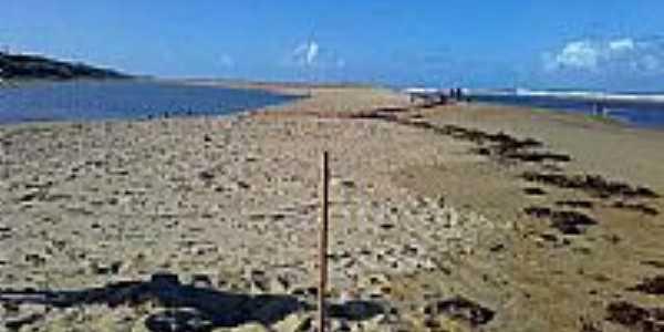 Praia Urussuquara em Barra Seca-Foto:RENATO-LUCHI-MARTINS