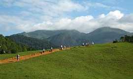 Burarama - Caminhada pedra da ema, Burarama-es - por Giovani Piassi