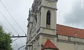 Cachoeiro de Itapemirim - Catedral de S�o Pedro em Cachoeiro de Itapemirim-ES-Foto:Sergio Falcetti