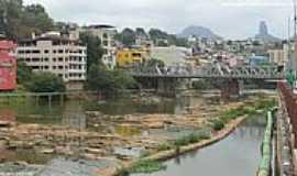 Cachoeiro de Itapemirim - Ponte de Ferro sobre o Rio Itapemirim em Cachoeiro de Itapemirim-ES-Foto:Sergio Falcetti