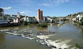 Cachoeiro de Itapemirim - Rio Itapemirim em Cachoeiro de Itapemirim-ES-Foto:Ricardo Louzada