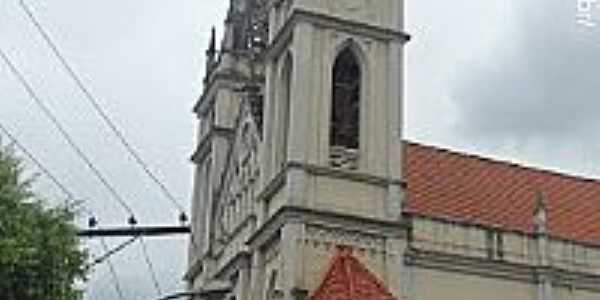 Catedral de São Pedro em Cachoeiro de Itapemirim-ES-Foto:Sergio Falcetti