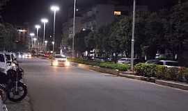 Castelo - Castelo-ES-Centro da cidade à noite-Foto:caminhagente.