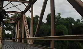 Colatina - Colatina-ES-Ponte de ferro sobre o Rio Santa Maria-Foto:Fabio Arrebola