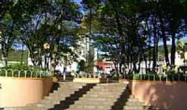 Conceição do Castelo - Praça da Matriz em Conceição do Castelo-Foto:Paulo Filho