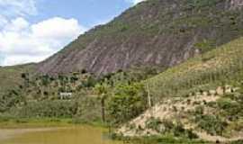 Ecoporanga - Lago e montanha em Ecoporanga-Foto:António J. Branco