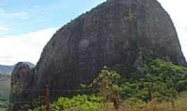 Ecoporanga - Pedra do Peixe Branco em Ecoporanga-Foto:António J. Branco
