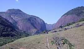 Estrela do Norte - Montanhas em Estrela do Norte-Foto:LucianeSC