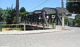 Guaçuí - Guaçuí-ES-Ponte de Ferro-Foto:Sergio Falcetti
