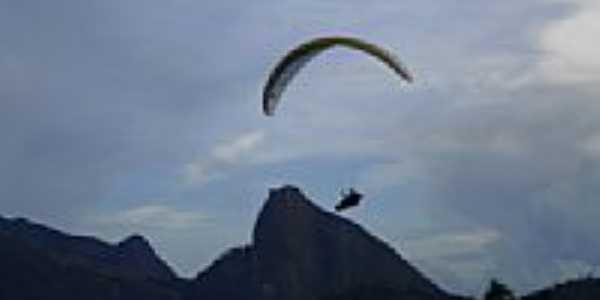 Salto de Parapente em Ibituba-Foto:Samuel Freire de Alm�