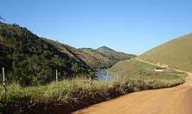 Itaici - Estrada Muniz Freire - Itaici - por Ercilioareias