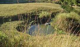 Itaici - Estrada Muniz Freire - Itaici - piscina natural Rio Norte - por Ercilioareias