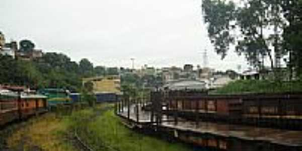 Ferrovia e ao fundo a cidade-Foto:Rodnei Braum