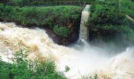 Jaguaré - cachoeira do bereco- Por andreia saiter