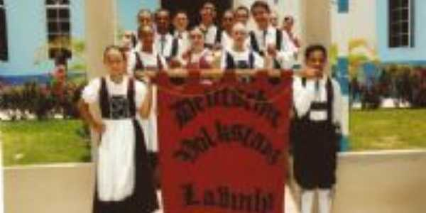 Grupo de Danças Folclóricas Alemãs EDELSTEIN, Por Rev. Roberto Couto