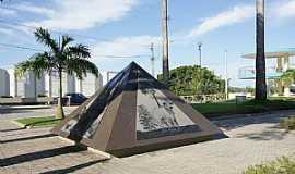 Linhares - Linhares-ES-Monumento � Produ��o Agropecu�ria do Munic�pio-Foto:Elp�dio Justino de Andrade