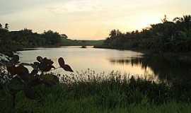 Marataízes - Lagoa Encantada ou Lagoa Funda, Marataízes, ES - Por LucianeSC