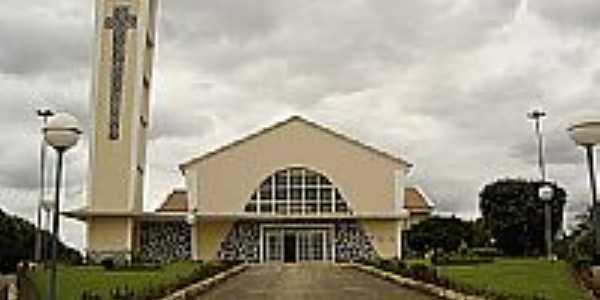 Igreja Matriz de Maril�ndia-Foto:Leandro Alves da Cru�