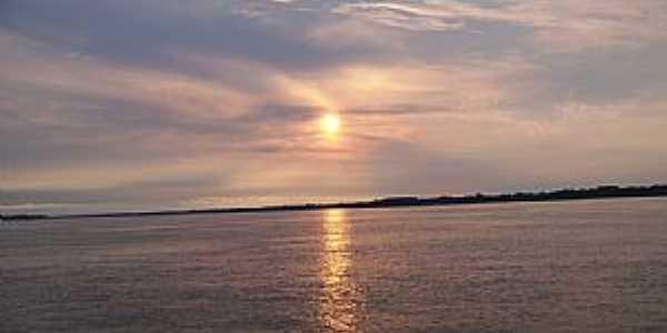 Anamã-AM-Pôr do sol no Rio Amazonas-Foto:johnnyb37