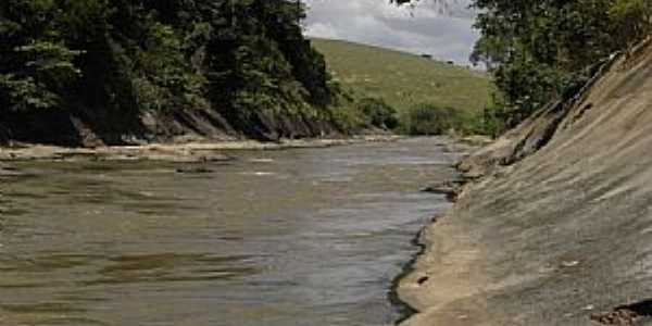 Garganta do Jacú no Rio Itapemirim - por Miguel Ângelo Lima Qualhano